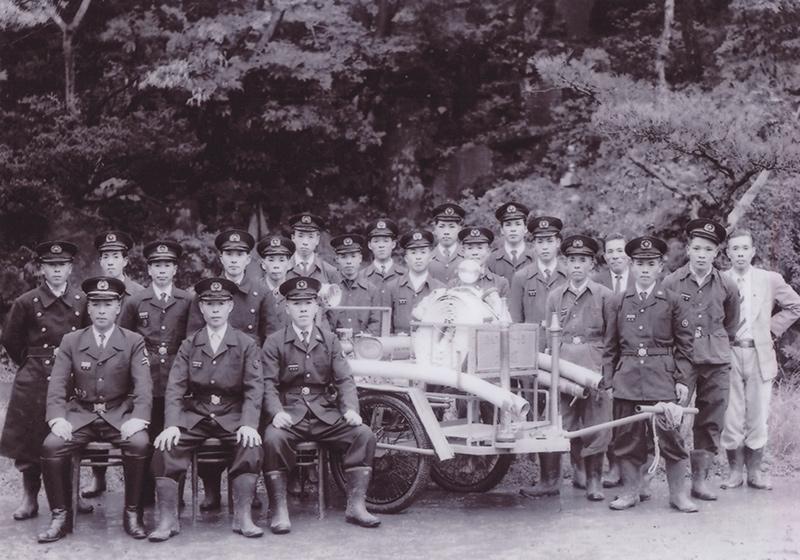 昭和20年代の頃の岸根消防団